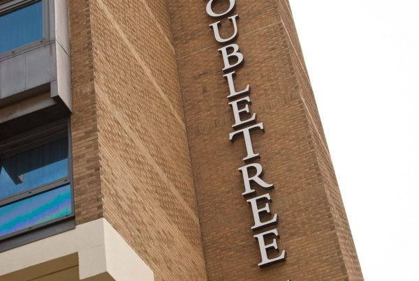 Doubletree by Hilton - External Letters